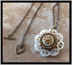 Vintage floral button necklace by LittlePieceOSunshine on Etsy, $20.00.