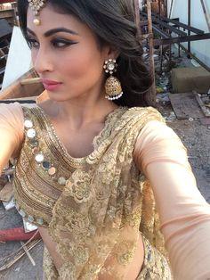 Beautiful Indian Actress, Beautiful Actresses, Mauni Roy, Mouni Roy Dresses, Nayanthara Hairstyle, Ballroom Costumes, Indian Couture, Indian Beauty Saree, Indian Celebrities