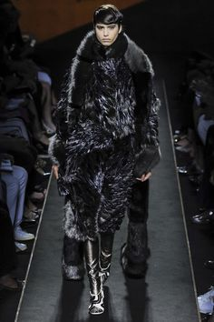 Fendi  #VogueRussia #couture #fallwinter2015 #Fendi #VogueCollections