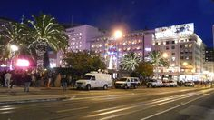 Christmas in San Francisco #Christmas #SanFrancisco #Nikon #S7000 #City #UnionSquare #Neverdecorateapalmtreewithlights