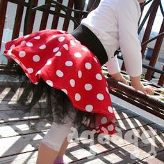 Minnie mouse tutu skirt. I want to make this for my girls