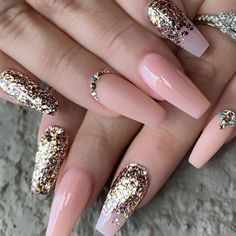 This series deals with many common and very painful conditions, which can spoil the appearance of your nails. But for you, nail technicians, this is not a problem! SPLIT NAILS What is it about ? Nails are composed of several… Continue Reading → Stylish Nails, Trendy Nails, Cute Nails, My Nails, Fall Nails, Grow Nails, Best Acrylic Nails, Acrylic Nail Designs, Nail Art Designs
