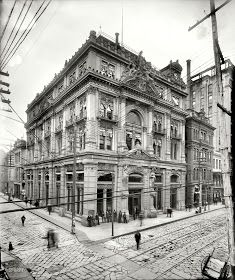 Elephant in Tiger Skin: Old Photos of New Orleans (& LA)