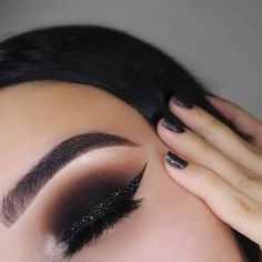 Get your glam on for NYE! 💅🥂 #makeupinspo