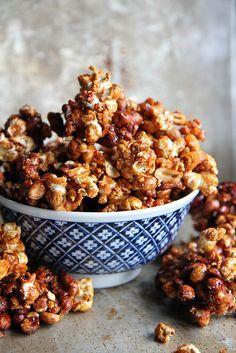 Sriracha-Honey Popcorn Clusters