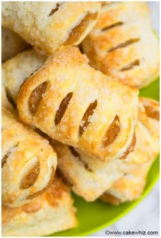 Apple Strudel Recipe From Scratch – Easy Apple Strudel Recipes Easy Apple Strudel Recipes-Some clichés are clichés for grounds. This here is one among them. While you believe Appel Strudel on a niche site featuring Viennese foodstuff is alm… Mini Apple Strudel Recipe, Apple Strudel Recipe From Scratch, Apple Strudel Puff Pastry, Strudel Recipes, Apple Danish Recipe Puff Pastry, Easy Strudel Recipe, Mini Apple Turnovers, Mini Apple Pies, Puff Pastry Desserts