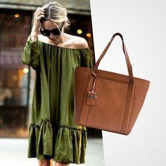 Segunda leve é com a bolsa Fatita! Mais um lançamento em nossas lojas: .  #SP Rua Oscar Freire 677  #BH Rua Ceará 1332  Whatsapp: (11) 97481-8010 | (31) 99837-9999 .  #fashionbags #bolsadecouro #lancamento #fashionlook #instafashion #lookdodia #bolsas #euquero #itbags #bolsapravidatoda