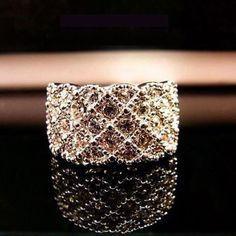 Beautiful Rhinestone Ring