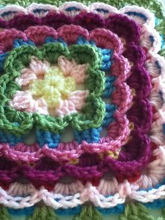 Can't help but love this square...free pattern..from Ravelry !
