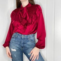 Femme Luxe Jeans and a Nice Top - Sunset Desires Nice Tops, Sunset, Jeans, Womens Fashion, Women's Fashion, Sunsets, Woman Fashion, Denim, The Sunset