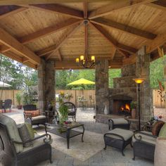 Outdoor living room - kitchen & dining, fireplace, fire pit, 3 water features - great property - Paradise Restored