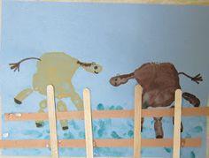 Hand Print Horse for farm unit Farm Animal Crafts, Farm Crafts, Vbs Crafts, Horse Crafts, Classroom Crafts, Camping Crafts, Farm Animals, Classroom Ideas, Preschool Crafts