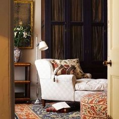 A toast to Robert Kime #textiles #antiquestyling #curtorialeye #robertkimefabrics