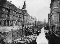 Aalborg /søfart /handel Aalborg, Outdoor Furniture, Outdoor Decor, Sailing Ships, Paris Skyline, Boat, Country, Travel, Historia