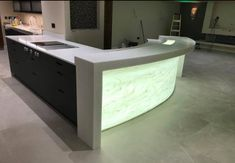 Sheffield Solid Surfaces create corian solid surface, quartz & granite kitchen worktops, built with passion, quality and design integrity. Kitchen Worktop, Granite Kitchen, Corian Worktops, Corian Solid Surface, Work Tops, Sheffield, Corner Bathtub, Surface Design, Craftsman