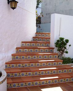 Decorative stairway in Menorca • photo: jatait25 on Flickr