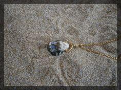 Shell pendant 01 Doodlebert Designs | Necklaces