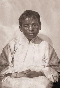 Yongden à 14 ans, le fils d'Alexandra David Neel, devint Lama.