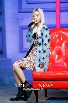 DARA ★ 2NE1 - MISSING YOU // MCountdown! (051213)