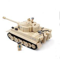 AIBOULLY 2017 NEW 995pcs Century Military Building Blocks German King Tiger Tank Model Enlighten Blocks Eduction Toys 82011