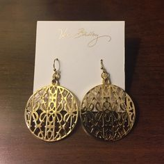 Earrings Adorable gold tone signature Vera Bradley drop earrings  see pic #4 for all the details! No TradesNo PayPal Vera Bradley Jewelry Earrings