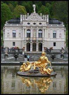 Linderhof Castle: Bavaria, Germany