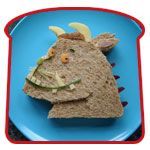 Fun sanwich art: The Gruffalo Gruffalo Party, The Gruffalo, Childrens Meals, Childrens Party, Toddler Meals, Kids Meals, Toddler Food, Food Gallery, Whats For Lunch