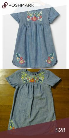 Floral Embroidered dress Embroidered cham denim dress. Size small like 6)  100% cotton In good used condition gap kids Dresses
