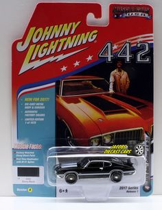1:64  JOHNNY LIGHTNING MUSCLE CARS USA 2017 SERIES 1A - 1970 OLDS CUTLASS S W-31 #JohnnyLightning #Oldsmobile