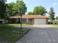 401 Meadowlane Rd, Seven Hills, OH 44131 - Home For Sale and Real Estate Listing - realtor.com®/194000