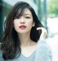 make up for dark hair color Beauty Makeup, Hair Makeup, Hair Beauty, Japanese Beauty, Asian Beauty, Bridal Makeup, Wedding Makeup, Prity Girl, Kate Middleton