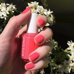 Essie Cute as a Button nail polish