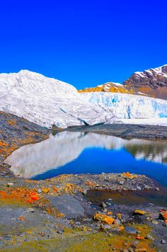 Glacier Ancash Peru.  por Chris Taylor Beautiful Places To Travel, Cool Places To Visit, Bolivia, Ecuador, Places Around The World, Around The Worlds, French Guinea, Costa, Backpacking Peru