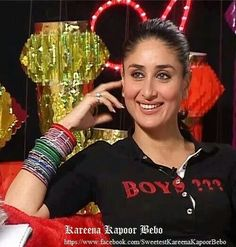 Ji Kareena Kapoor, Christmas Sweaters, Bangles, People, Beauty, Projects, Fashion, Bracelets, Log Projects