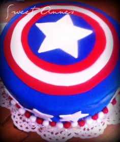 Captain America cake For more check Annes Pastry Boy Cakes, Cakes For Boys, Captain America Cake, Grooms, Cake Pops, Birthday Cake, Cupcakes, Sweet, Check