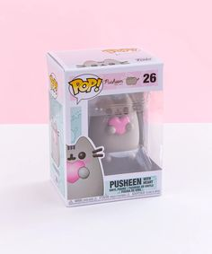 Keep your heart on your sleeve desk with this super sweet Heart Pusheen Funko POP! Available now at Pusheen Shop! Pusheen Shop, Pusheen Plush, Pusheen Cute, Pusheen Stuff, Pop Vinyl Figures, Funko Pop Figures, Pop Collection, Funko Pop Vinyl, Pokemon Cards