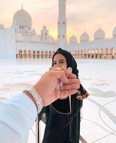 Couples Musulmans, Cute Muslim Couples, Muslim Girls, Cute Couples Goals, Couples In Love, Muslim Women, Muslim Brides, Muslim Couple Photography, Girl Photography