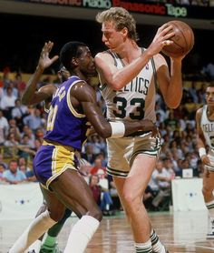 Hard Nosed Defense Larry Bird vs Michael Cooper from SI 1987 Basketball Legends, Sports Basketball, Basketball Players, Basketball Photos, Basketball Stuff, Sports Teams, Larry Bird, Larry Stylinson, 2000 Nba Finals