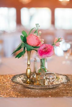Assorted vintage chic wedding centerpieces #RYW