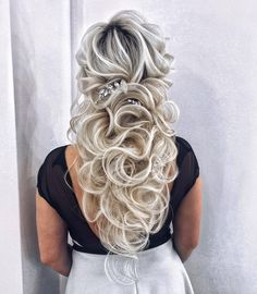 102 Beautiful Wedding Hairstyles And Bridal Hair Ideas Curly Wedding Hair, Elegant Wedding Hair, Wedding Hair And Makeup, Wedding Updo, Perfect Wedding, Long Bridal Hair, Wedding Dress, Wedding Rings, Box Braids Hairstyles
