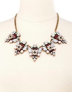 Vintage-Inspired Faceted Stone Statement Necklace