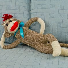 Learn to make this classic American sock monkey with our fun and free, step by step, video tutorial.
