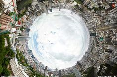 Tokyo in a 150-gigapixel panorama, by Jeffery Martin (taken from the observation deck of Tokyo Tower)