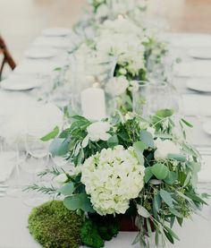Daily Wedding Inspiration: Brilliant Wedding Centerpiece Ideas