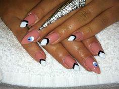 Day 339: Abstract Eye Nail Art - nailsmag.com