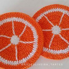 Dando início a encomenda de doze porta copos laranjinha 🍊🍊🍊 😍💕 #portacopos #portacoposfrutas #crochet #handmadewithlove