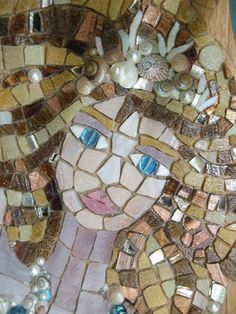Mosaic Faces - Pined By    http://www.mosaicmosaic.com/