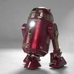 An awesome R2-D2 Ironman mash-up.