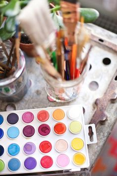 Plans and Dreams for 2014 - A Beautiful Mess // seriously, these ladies inspire me to no end Atelier Photo, Artist Aesthetic, Beautiful Mess, Art Studios, Oeuvre D'art, Painting & Drawing, Dot Painting, Art Lessons, Art Supplies
