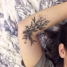 Rebecca Vincent | Parliament Tattoo, London Leaf Tattoos, Tattoo Designs, Flowers, Florals, Floral, Tatto Designs, Design Tattoos, Tattooed Guys, Flower
